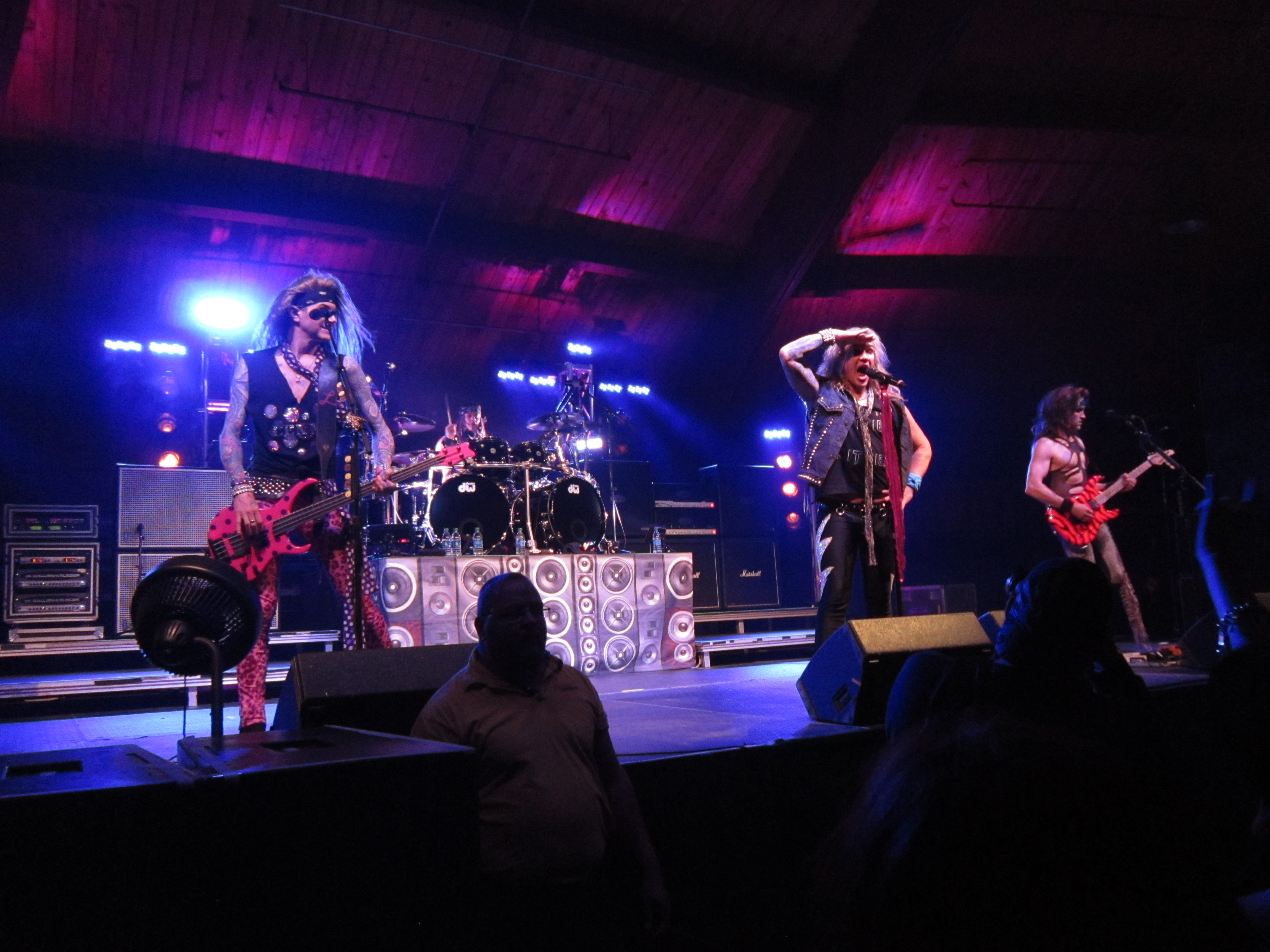 STEEL PANTHER 045